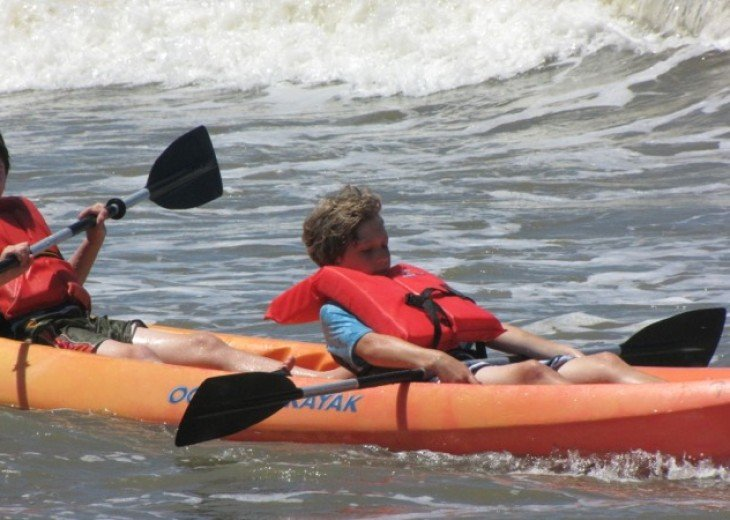 Tandem kayak and 2 SUPs available to rent