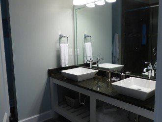 'Sunflower' Master Suite double sink