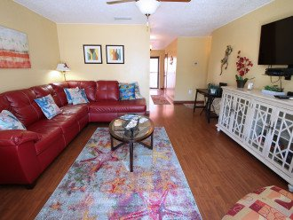 ST PETE BEACH 2 BR 2 BA Condo *ASK ABOUT SPECIALS! *WIFI *WALK to the Beach* #1