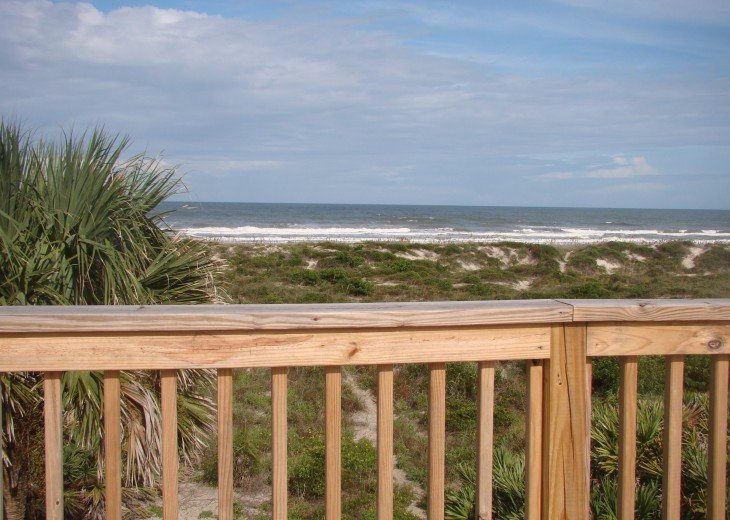 OCEANFRONT RENTAL HOME ~ St. Augustine Beach ~ 4BR-3BA NO SERVICE FEES! #5