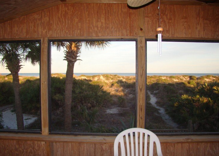 OCEANFRONT RENTAL HOME ~ St. Augustine Beach ~ 4BR-3BA NO SERVICE FEES! #8