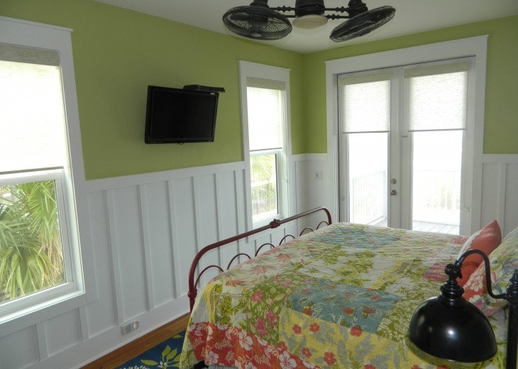 Tranquil Seclusion- Gulf Front, Private Pool, Elevator, Screened Decks, Views #21