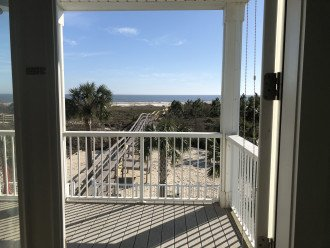 2019 Beach View from King Master