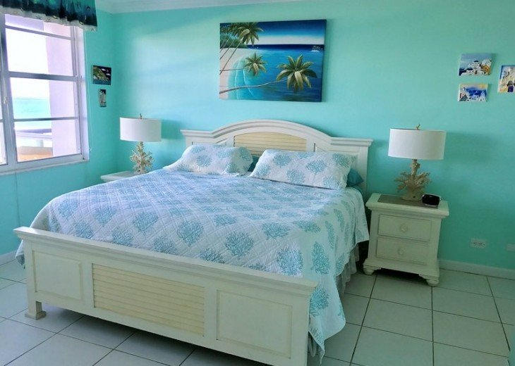 Master bedroom faces the ocean!