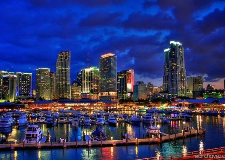 Downtown Miami is 15 minutes away!