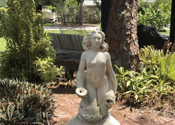 Mermaid Cove - an oasis in the heart of Old Englewood Village!! #1
