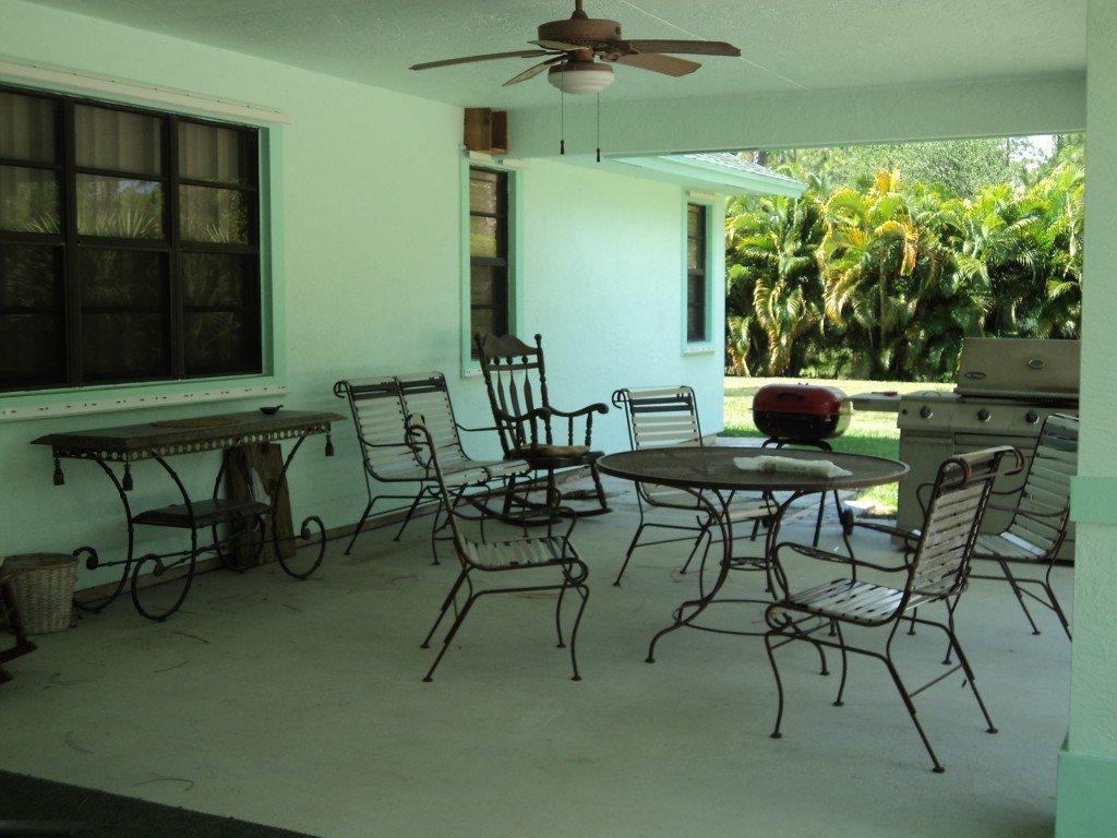 2 Bedroom House Rental in Jupiter, FL - Jupiter Equestrian Vacation ...