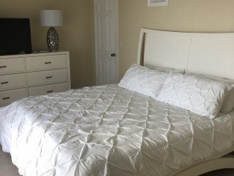 Master bed with king memory foam mattress