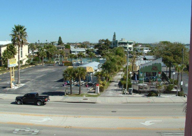 Gulf Blvd