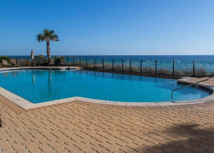 Adagio D405 Premium Pool Front! Private Top Floor Corner! Direct Beach Access!! #19