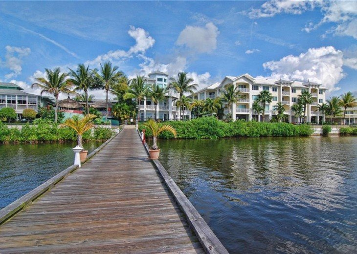Full water view, newly renovated Condo at Harborage Yacht Club #12