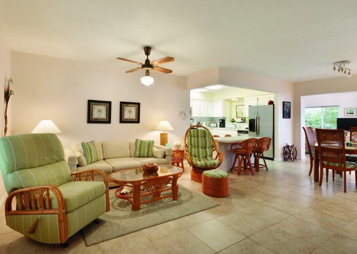 1758 Palm Point #5