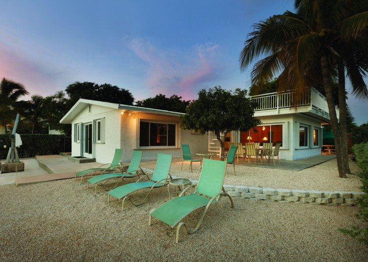 1758 Palm Point #9