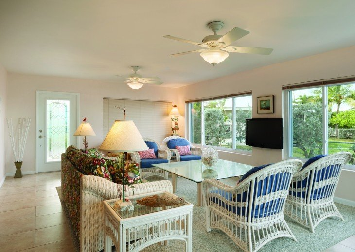 1758 Palm Point #18
