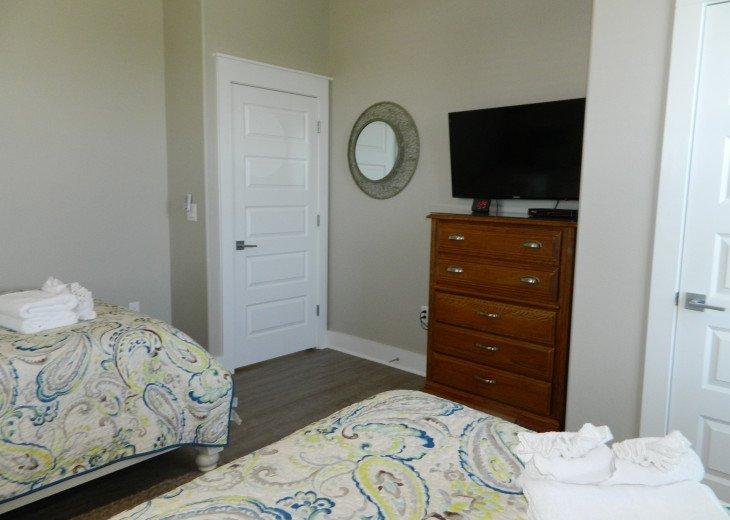 Double queen bedroom, bath is right across the hall