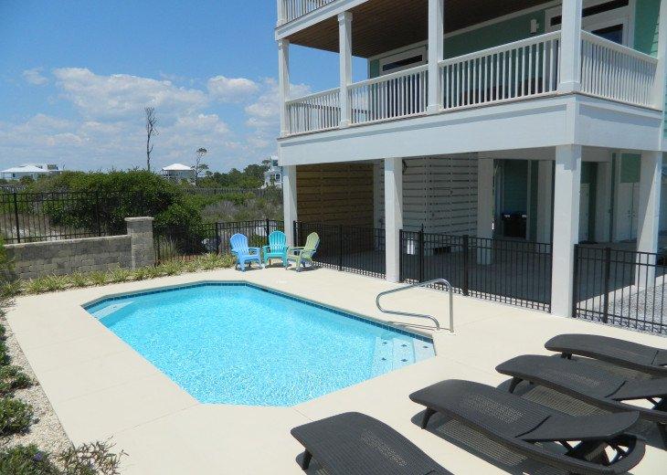Very Nice Pool Area