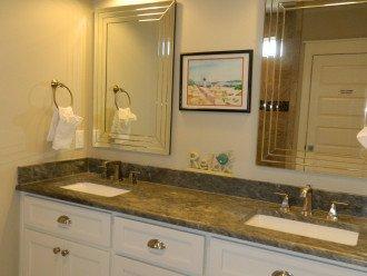 King Master #1 double bath vanity