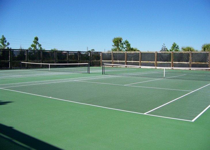 Ovation Community Tennis Courts