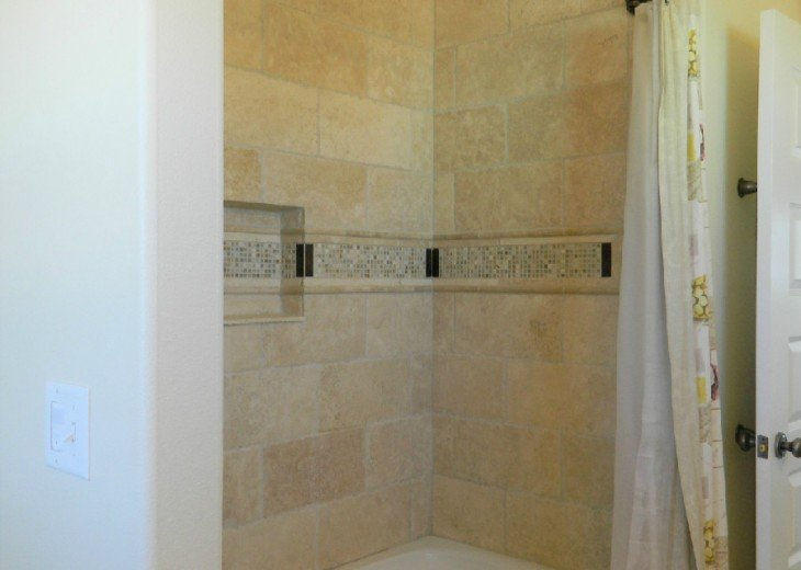 Upstairs King Shower