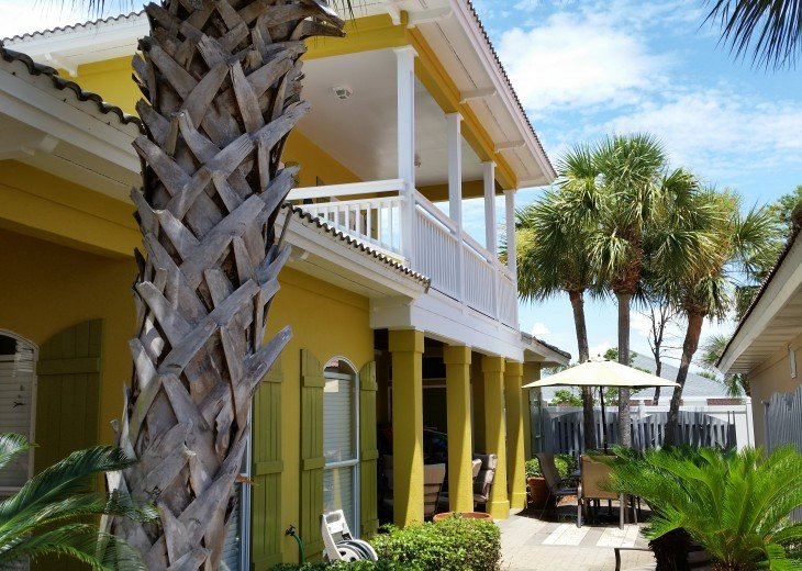 Coconut Cove - Completely Renovated, Walk to Private Beach, Pavilion and Pool #3