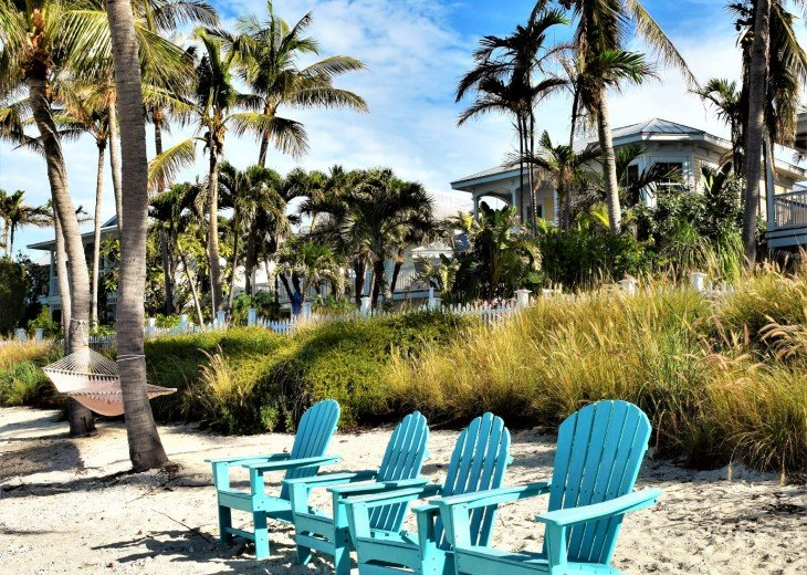 30 night minimum stay, SUNSET KEY, LUXURY UPSCALE HOME RIGHT ON THE BEACH, #31