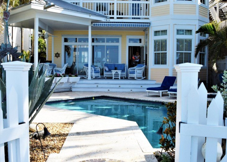 30 night minimum stay, SUNSET KEY, LUXURY UPSCALE HOME RIGHT ON THE BEACH, #3