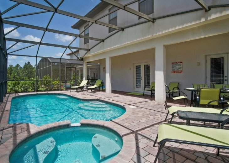 South Facing pool/spa on gated resort, 6 miles from Disney #10