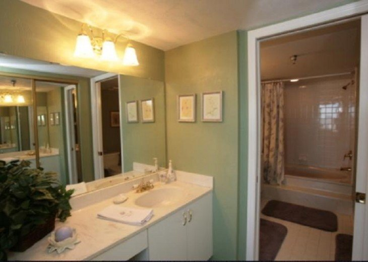 additional wash nook outside of Master bath