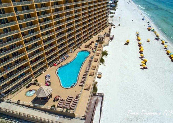 Tina's Treasure Island Luxury Beach Condo-2BR 6th Flr-Free Beach Chairs/Umbrella #52
