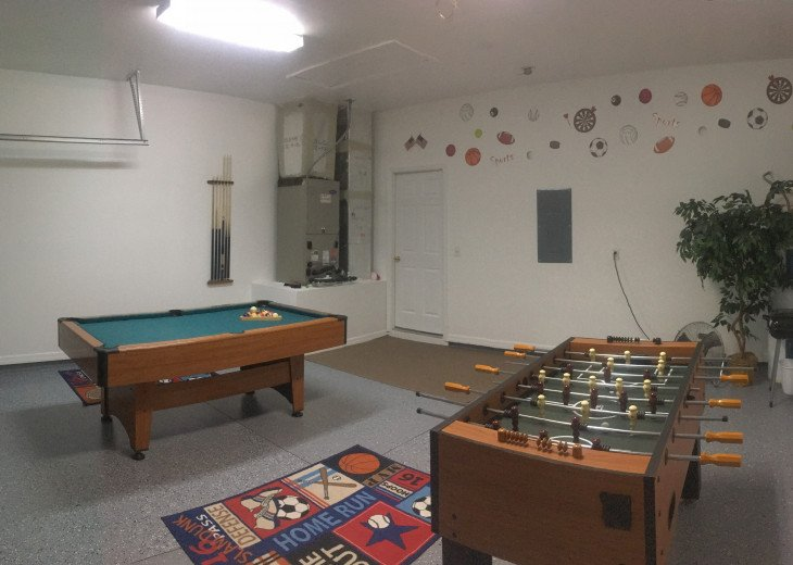 DISNEY VILLA - 4 BEDROOMS, 3 BATHROOMS, PRIVATE POOL/SPA, GAMES ROOM. #20