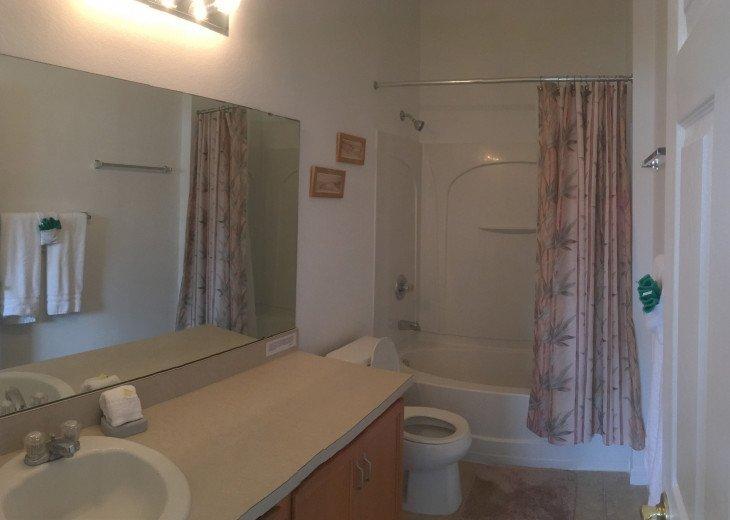 DISNEY VILLA - 4 BEDROOMS, 3 BATHROOMS, PRIVATE POOL/SPA, GAMES ROOM. #17