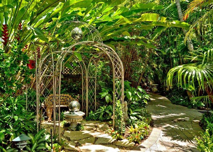 Bali Hideaway #10