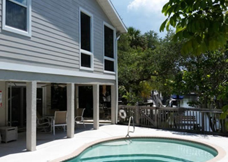 """""""SITTING ON THE DOCK OF THE BAY"""" """"Coastal Courtyard"""" 6151 Midnight Pass Rd. #16"""