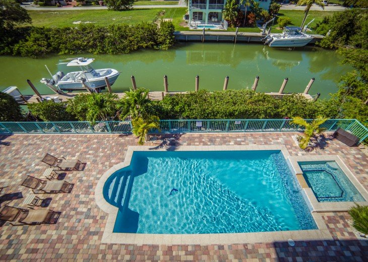 Brand New 6 Bedroom 5 Bath 65 Foot Deep Water Dock, Heated Pool Outdoor Kitchen #4