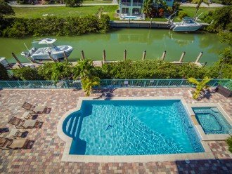 Brand New 6 Bedroom 5 Bath 65 Foot Deep Water Dock, Heated Pool Outdoor Kitchen #1