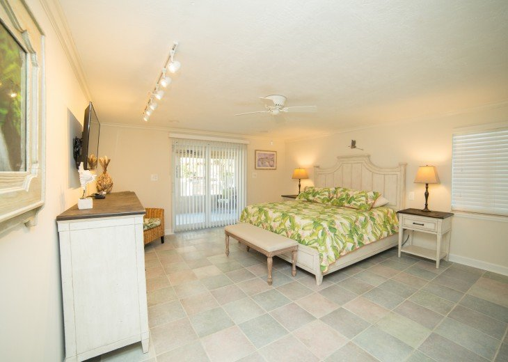 Privacy On Sombrero Beach With Heated Pool, Deep Water Dock, Ocean View #19