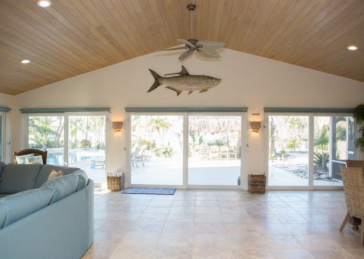 Privacy On Sombrero Beach With Heated Pool, Deep Water Dock, Ocean View #10