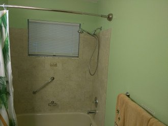 2nd Bathroom with shower and bathtub (and handicap grab bar)