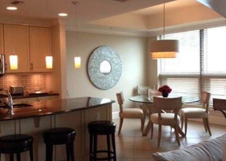 Luxury Urban Condo in the Strada at Mercato in Naples FL. Walk to Everything! #10