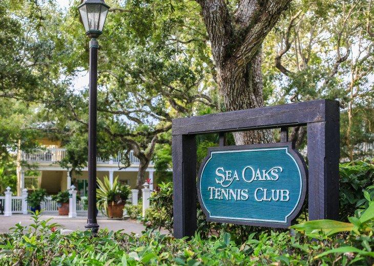 Tennis Villa @ & tennis community #26