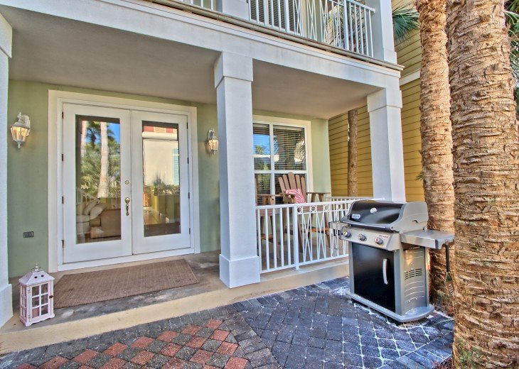 Pool Deck House ! 1 block to Beach, 1 block to Rosemary Beach town square #14