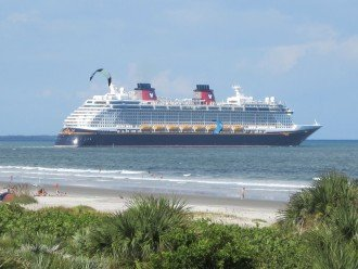 Watch Cruise Ships Depart From the Beach