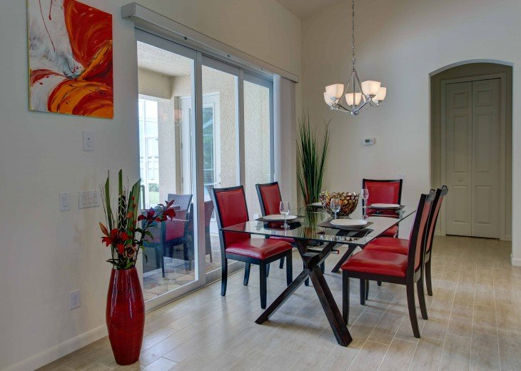 Spacious villa with private pool in a prime beach location #11