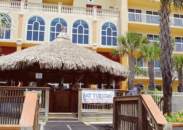 BEACH FRONT-CALYPSO-FREE BEACH CHAIRS-FREE VIP PARKING #27