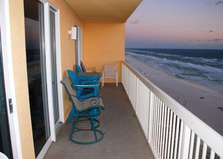 BEACH FRONT-CALYPSO-FREE BEACH CHAIRS-FREE VIP PARKING #15