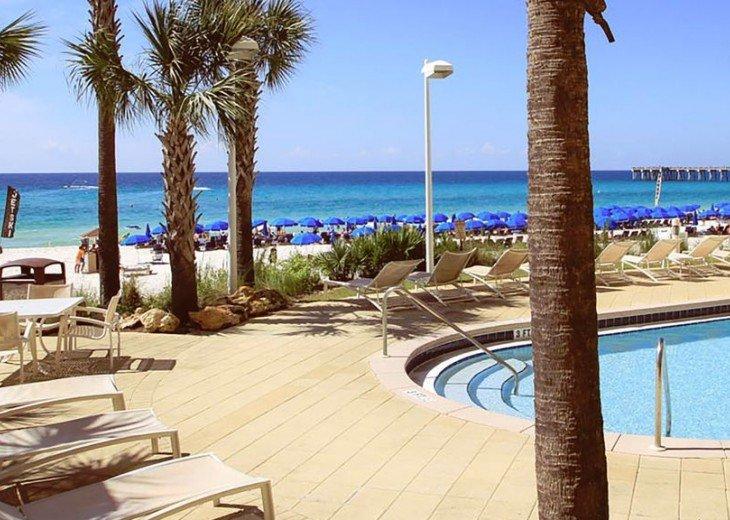 BEACH FRONT-CALYPSO-FREE BEACH CHAIRS-FREE VIP PARKING #28