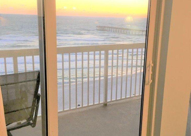 BEACH FRONT-CALYPSO-FREE BEACH CHAIRS-FREE VIP PARKING #14