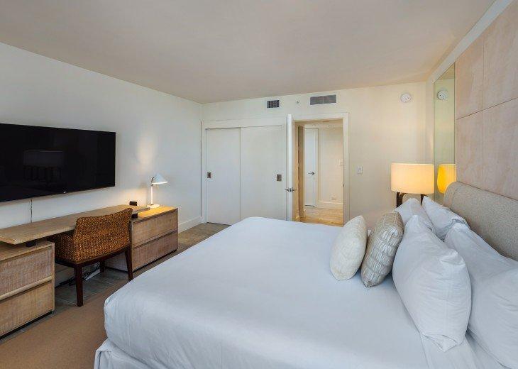 1 Bedroom Ocean View Condo within Luxurious Hotel - 1007 #3