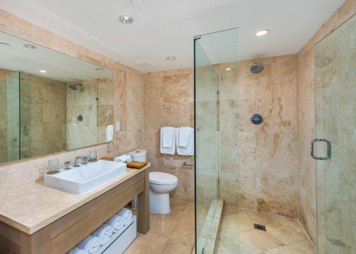 1 Bedroom Ocean View Condo within Luxurious Hotel - 1007 #7