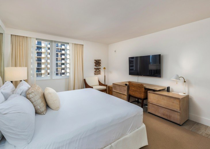 1 Bedroom Ocean View Condo within Luxurious Hotel - 1007 #4